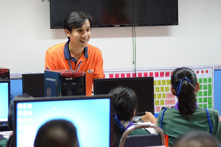 โครงการบรอดแบนด์อินเทอร์เน็ต เพื่อการศึกษาฟรี โรงเรียนบ้านซำรัง อ.เนินมะปราง จ.พิษณุโลก