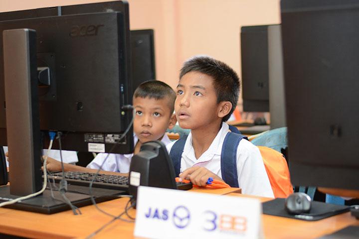 โครงการบรอดแบนด์อินเทอร์เน็ต เพื่อการศึกษาฟรี โรงเรียนบ้านป่ายาง อ.ตะกั่วทุ่ง จ.พังงา