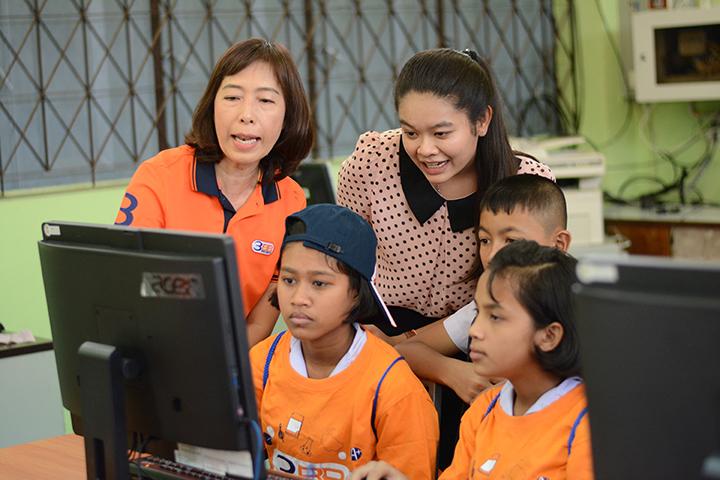โครงการบรอดแบนด์อินเทอร์เน็ต เพื่อการศึกษาฟรี โรงเรียนบ้านไสถั่ว อ.เมือง จ.พัทลุง