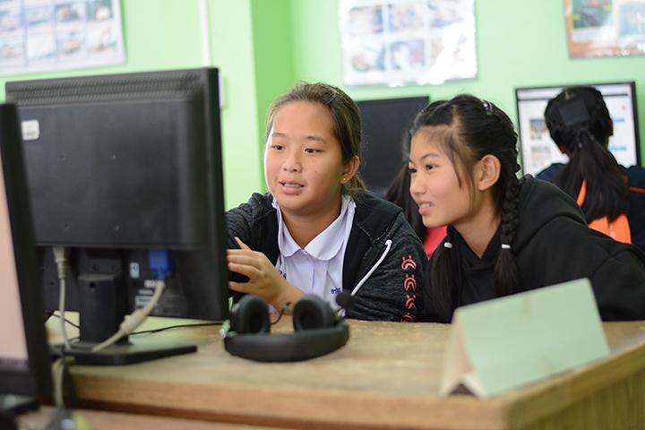โครงการบรอดแบนด์อินเทอร์เน็ต เพื่อการศึกษาฟรี โรงเรียนบ้านดงมะดะ อ.แม่ลาว จ.เชียงราย
